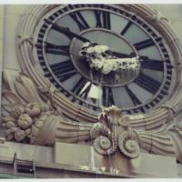 11-Gordon-Matta-Clark-Clockshower-1973-