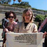 16-Sandrine-Nicoletta-legge-il-Manifesto-del-Cadere-a-tutti-Palermo-2017-foto-DS-Shines