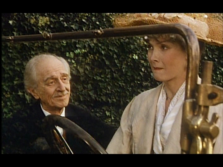 3. Sunday in the Country (1984), Irene arrives with her car